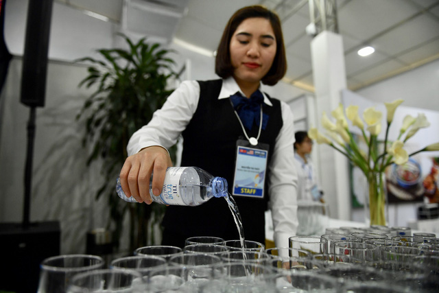 Nước uống cho phóng viên đưa tin thượng đỉnh Mỹ - Triều lấy dưới lòng núi lửa đã tắt - Ảnh 1.