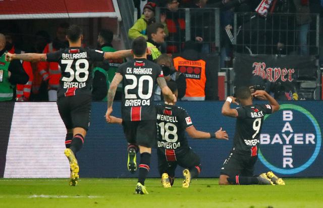 Thua Leverkusen, Bayern Munich bị Dortmund gia tăng khoảng cách - Ảnh 1.