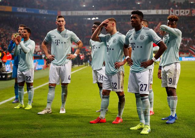 Thua Leverkusen, Bayern Munich bị Dortmund gia tăng khoảng cách - Ảnh 2.