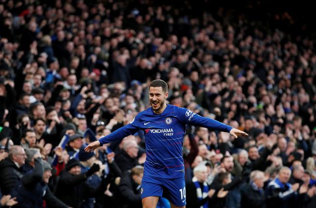 Tân binh Higuain tỏa sáng, Chelsea đè bẹp Huddersfield - Ảnh 2.