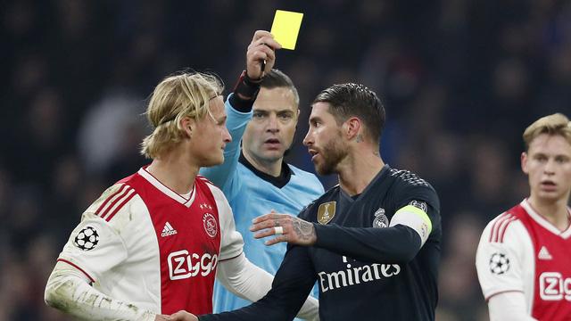 Ramos bị phạt 2 trận vì tẩy thẻ - Ảnh 1.