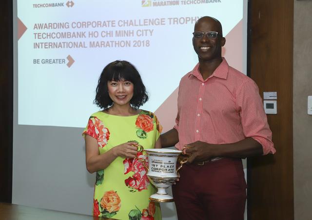 Techcombank nhận giải thưởng từ Giải Marathon quốc tế TP. Hồ Chí Minh - Ảnh 1.