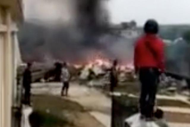 Máy bay hải quân Trung Quốc rơi, 2 phi công tử nạn - Ảnh 2.