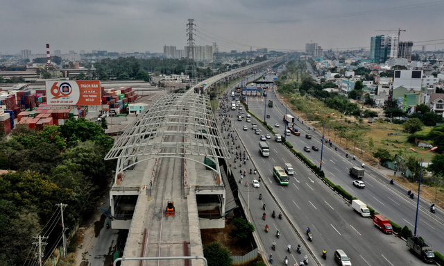 Bí thư Nguyễn Thiện Nhân: Khai thác hiệu quả quỹ đất quanh metro - Ảnh 3.