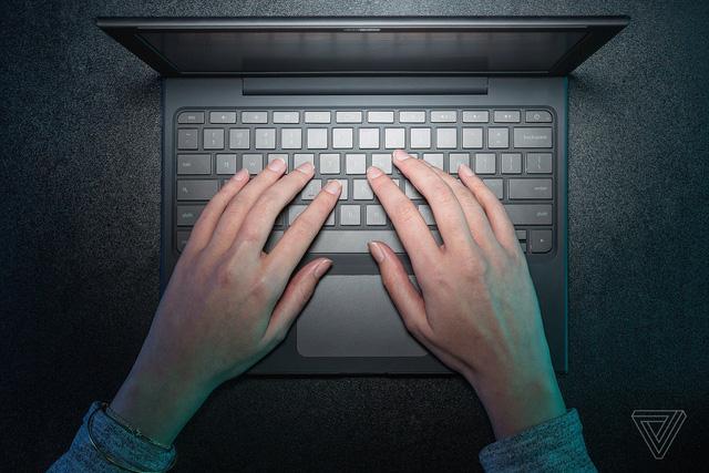 Vì sao mật khẩu siêu dị ji32k7au4a83 được nhiều người sử dụng? - Ảnh 1.
