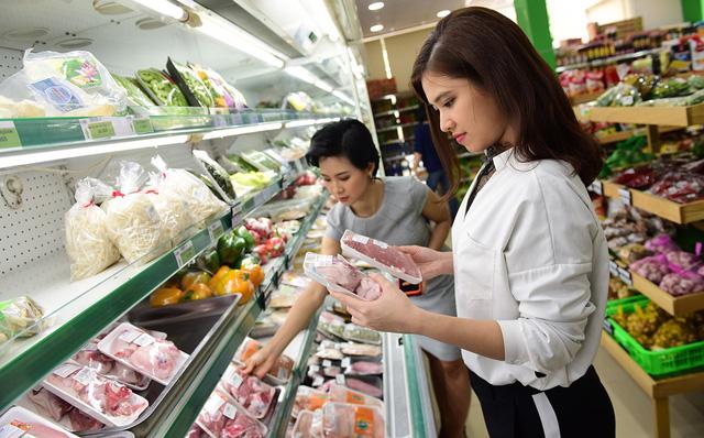 Sợ dịch, người dân chọn mua thịt heo của đơn vị 'có tóc'