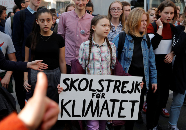 Chống biến đổi khí hậu, nữ sinh 16 tuổi được đề cử Nobel hòa bình - Ảnh 2.