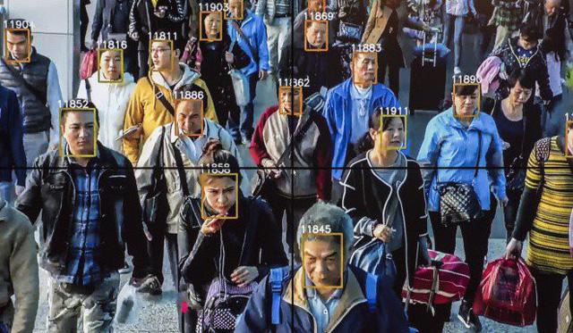 Thâm Quyến thử nghiệm công nghệ nhận diện khuôn mặt khách đi metro - Ảnh 1.