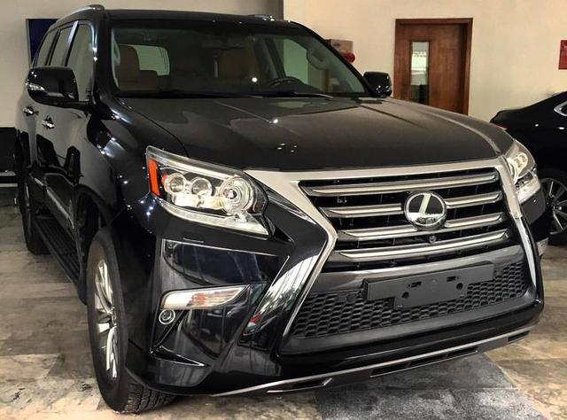 Hàng trăm xe sang Lexus ở Việt Nam bị triệu hồi để sửa lỗi túi khí - Ảnh 1.