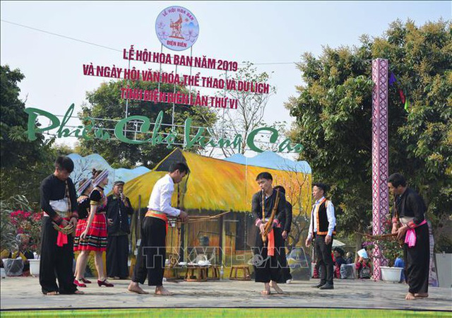 Phiên chợ vùng cao Điện Biên - Ảnh 1.