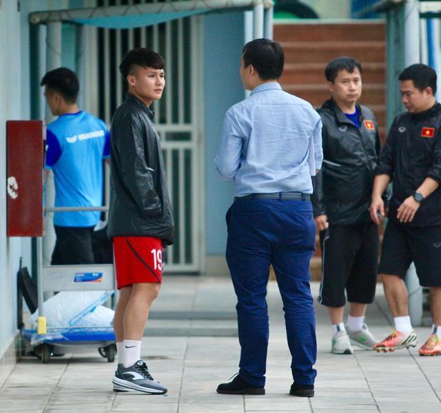 Đình Trọng còn cơ hội dự vòng loại Giải U-23 châu Á, Tiến Linh phải chờ - Ảnh 2.
