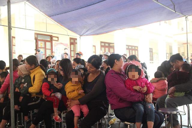 Địa phương xét nghiệm sán miễn phí, dân Bắc Ninh vẫn đổ về Hà Nội - Ảnh 3.
