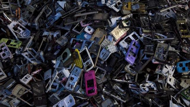 Trung Quốc có thể thu khoảng 24 tỉ USD từ rác thải điện tử - Ảnh 1.