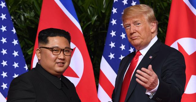 Ông Trump rút trừng phạt mới nhất với Triều Tiên vì 'thích' ông Kim - Ảnh 1.