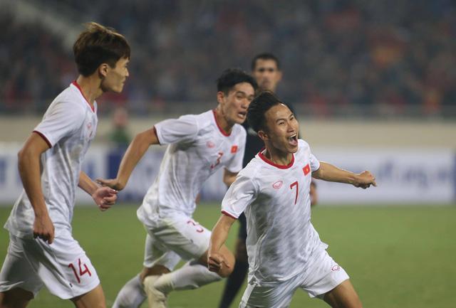 Đá bại Indonesia phút 90+4, U23 VN tranh ngôi nhất bảng với Thái Lan - Ảnh 1.