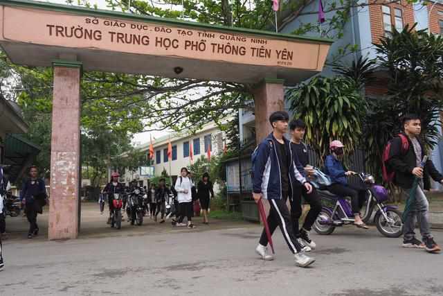 Vụ học sinh Quảng Ninh nghỉ học: Tại sao phụ huynh phản đối? - Ảnh 1.