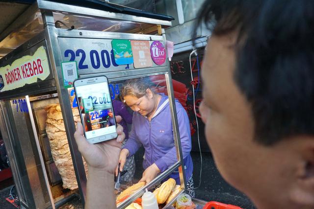 Thanh toán bằng điện thoại, người dùng lo sợ gì? - Ảnh 1.