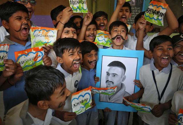 Pakistan và Ấn Độ phát tín hiệu hòa giải - Ảnh 1.