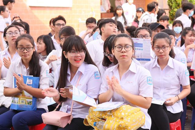 Sáng nay 9-3, tư vấn tuyển sinh tại Tiền Giang - Ảnh 1.