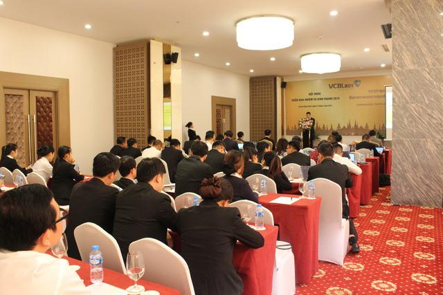 Vietcombank Lào tổ chức Hội nghị triển khai nhiệm vụ kinh doanh năm 2019 - Ảnh 2.