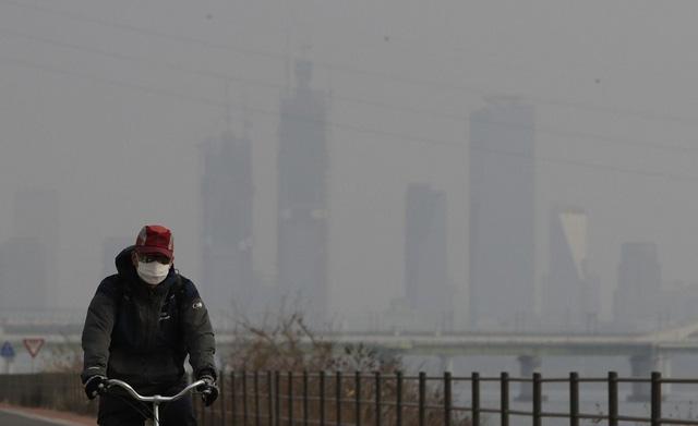 Hàn Quốc hợp tác Trung Quốc làm mưa nhân tạo chống ô nhiễm