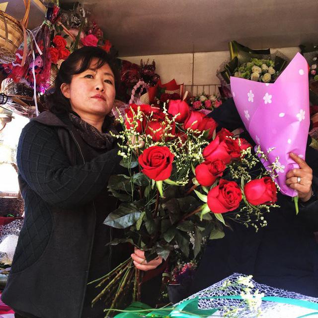 Chùm ảnh không khí ngày Quốc tế Phụ nữ tại Bình Nhưỡng - Ảnh 1.