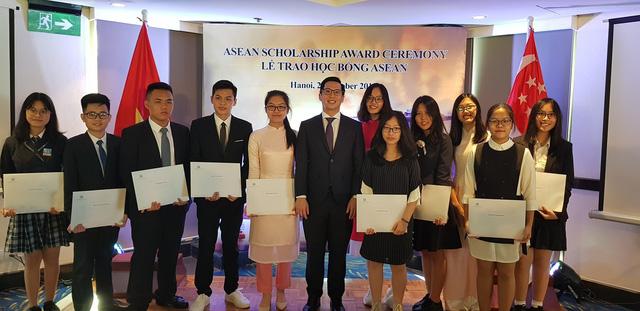 Học bổng Chính phủ Singapore cho học sinh Việt Nam - Ảnh 1.