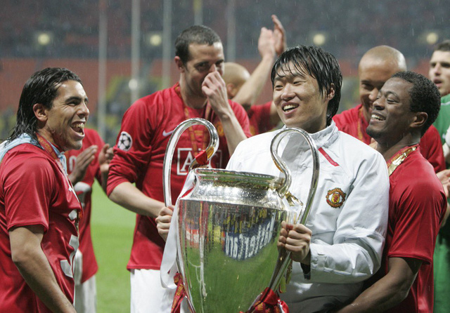 Image result for Son Heung Min park ji sung champions league