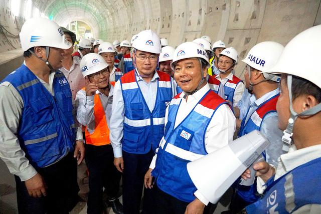 Tháo điểm nghẽn hạ tầng, các bộ đồng tình nhiều đề xuất quan trọng của TP.HCM - Ảnh 1.