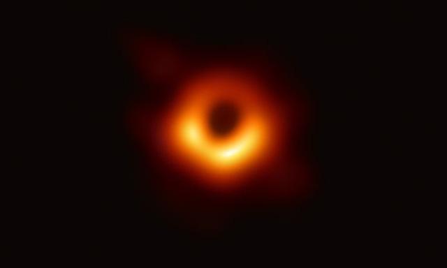 Vì sao hố đen vũ trụ vừa công bố có tên tiếng Hawaii? - Ảnh 2.