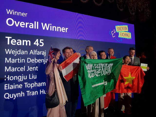 Microsoft vinh danh nữ giáo viên Việt Nam - Ảnh 1.