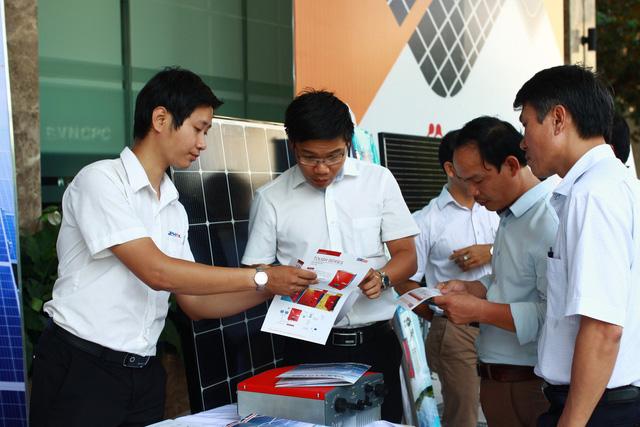 Miền Trung, miền Nam có nhiều tiềm năng điện mặt trời áp mái - Ảnh 1.