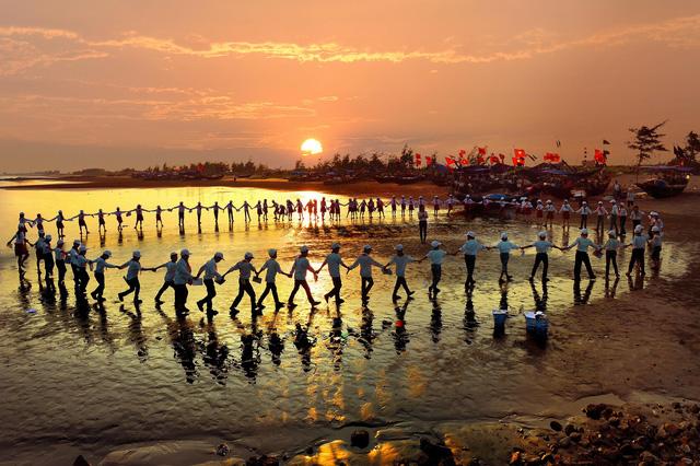 'Biển, đảo quê hương' giữa lòng cố đô Hoa Lư - Ảnh 15.