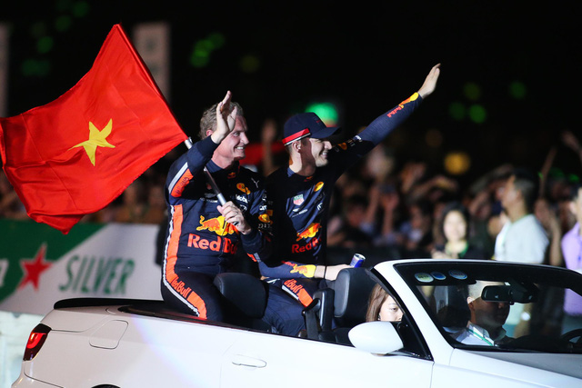 Xem đua ôtô Công thức 1 ở Hà Nội giá 75 USD - Ảnh 3.