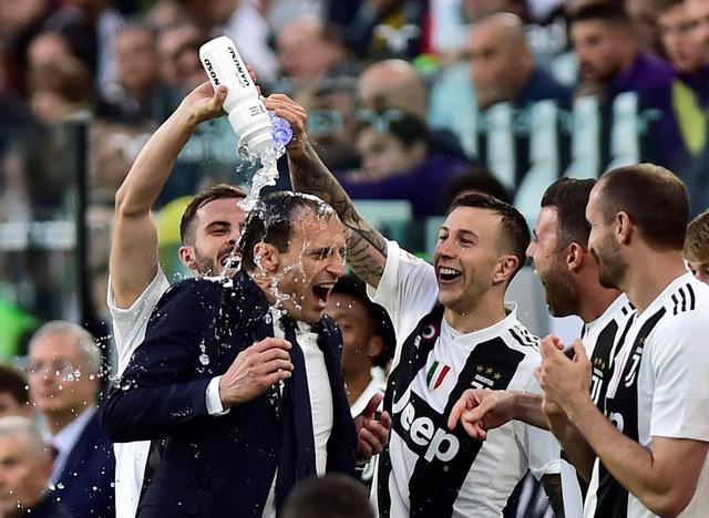 Thắng ngược Fiorentina, Juventus lần thứ 35 vô địch Serie A - Ảnh 2.