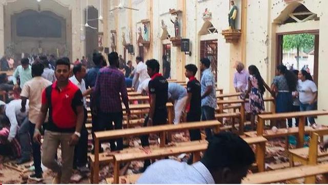Đánh bom 3 nhà thờ Sri Lanka vào lễ Phục sinh, ít nhất 160 người chết - Ảnh 2.