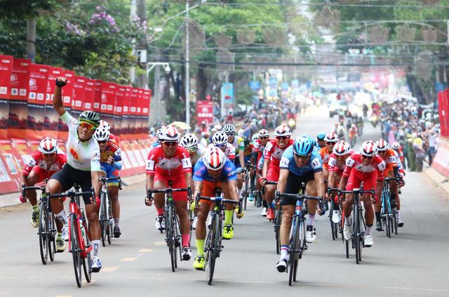 Chiến thắng đầu tay cho Nguyễn Thành Tâm - Ảnh 2.