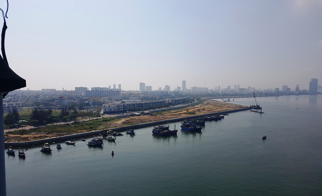 Bí thư Đà Nẵng yêu cầu rà soát các dự án bên sông Hàn - Ảnh 1.