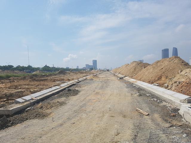 Bí thư Đà Nẵng yêu cầu rà soát các dự án bên sông Hàn - Ảnh 3.