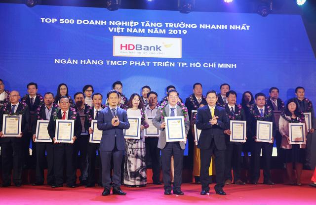 HDBank vào Top 5 ngân hàng có tốc độ tăng trưởng nhanh nhất - Ảnh 1.
