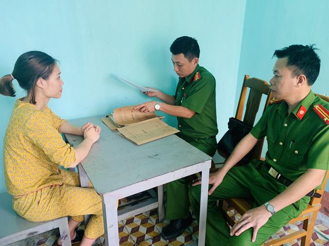 Tạm giữ nghi phạm lừa bán phụ nữ sang Trung Quốc - Ảnh 2.