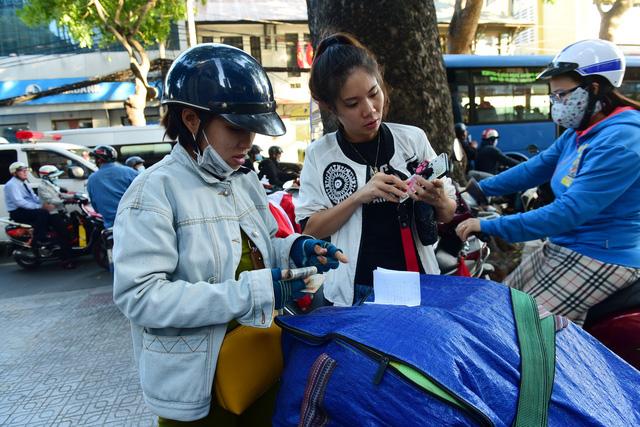 Mua sắm online của người Việt đang phát triển thần tốc - Ảnh 1.