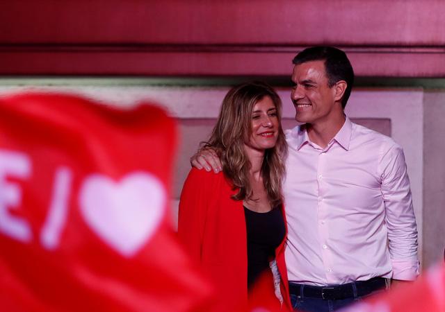 Bầu cử sớm ở Tây Ban Nha: lần đầu có chính phủ liên minh - Ảnh 1.
