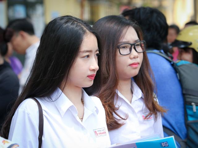 Các trường hợp được miễn thi ngoại ngữ trong kỳ thi THPT quốc gia - Ảnh 1.