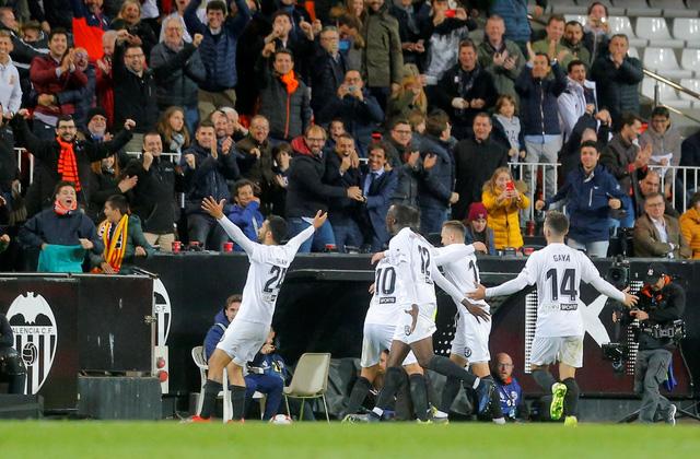 Real Madrid thua trận đầu tiên sau khi Zidane trở lại - Ảnh 2.