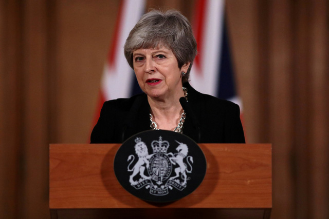 Hạ viện Anh buộc thủ tướng phải hoãn Brexit - Ảnh 1.