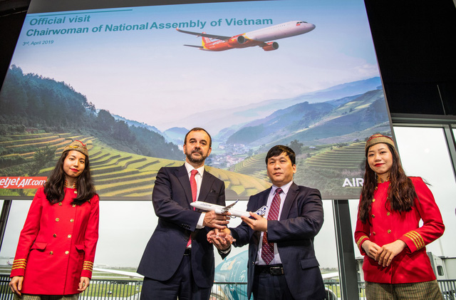 Vietjet nhận bàn giao máy bay thế hệ mới A321neo - Ảnh 4.