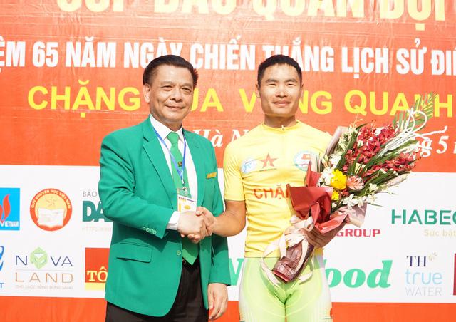 Quàng Văn Cường chiến thắng chặng 1 Giải đua xe đạp Về Điện Biên Phủ 2019 - Ảnh 2.