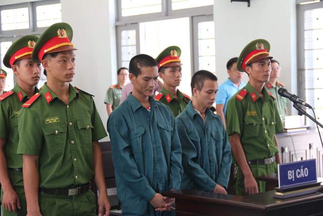 Hai bị cáo đốt xe tại trụ sở phòng cháy chữa cháy Phan Rí lãnh án tù - Ảnh 1.