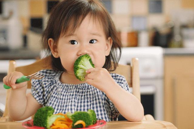 Ngộ độc nitrite và bệnh máu nâu ở trẻ sơ sinh - Ảnh 1.
